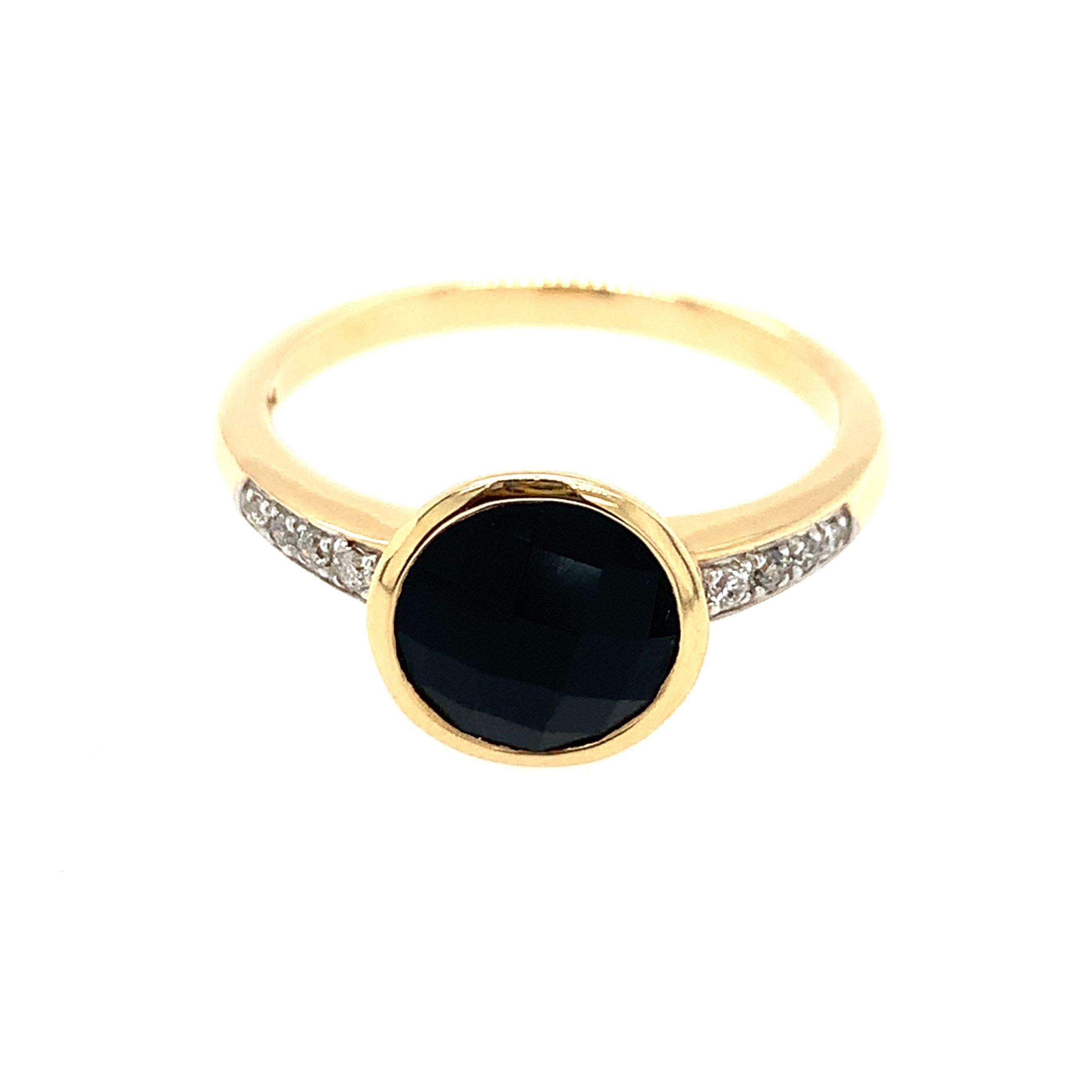 Yellow Gold Onyx Ring
