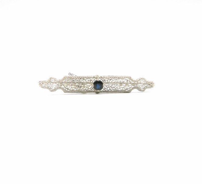 Estate Piece - White Gold Brooch With Blue Sapphire