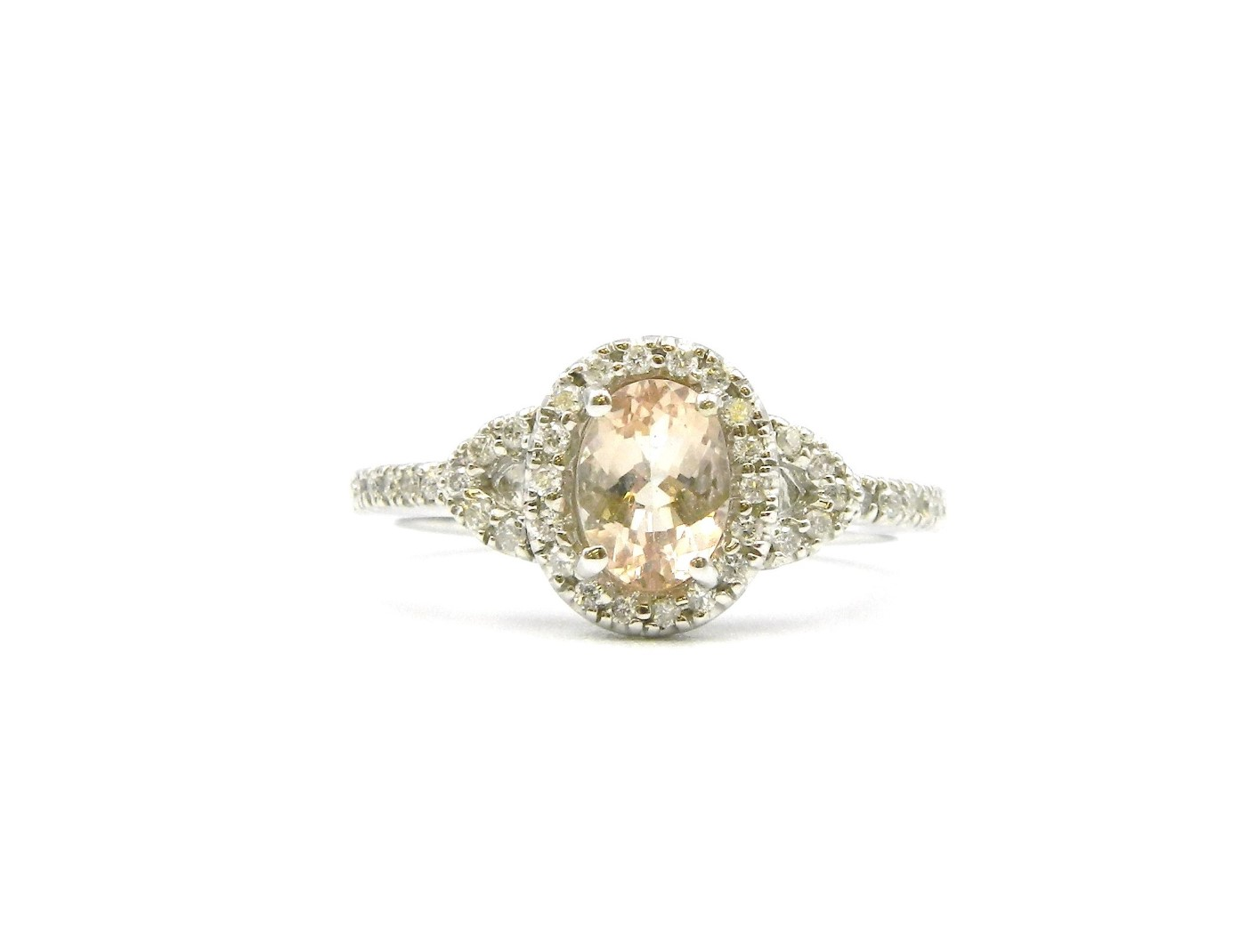 White Gold Morganite Ring With Diamonds