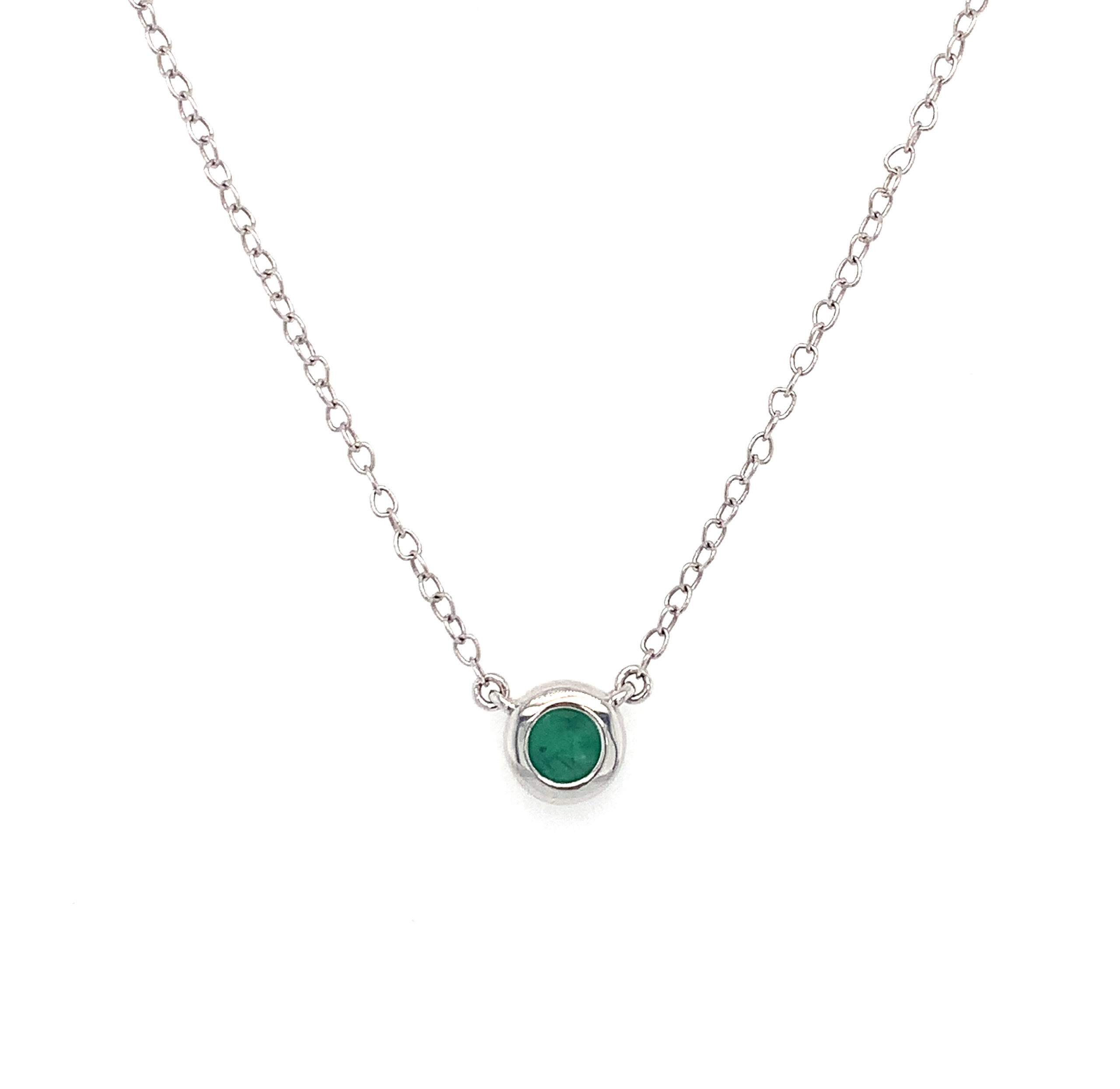 White Gold Emerald Necklace