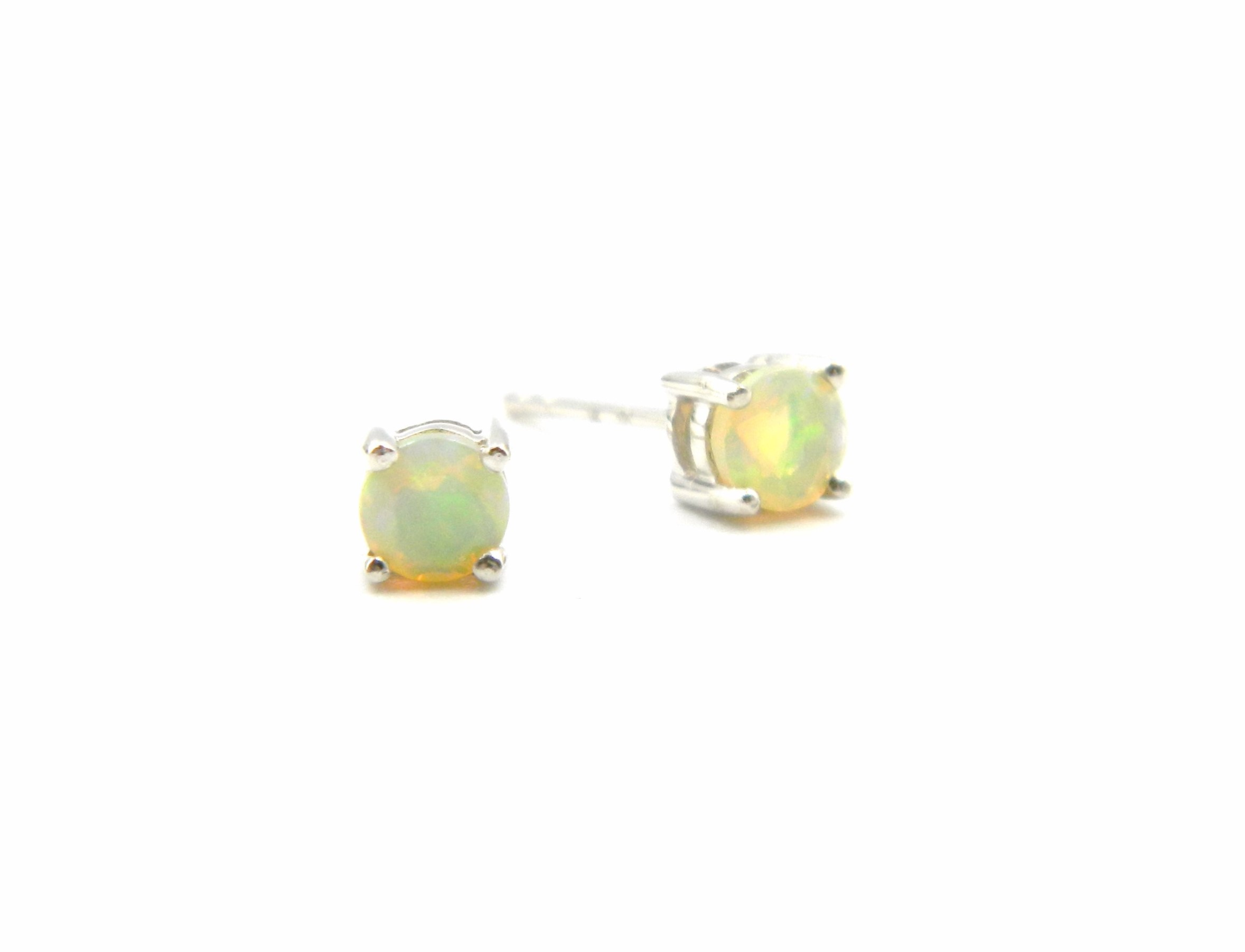 White Gold Ethiopian Opal Studs