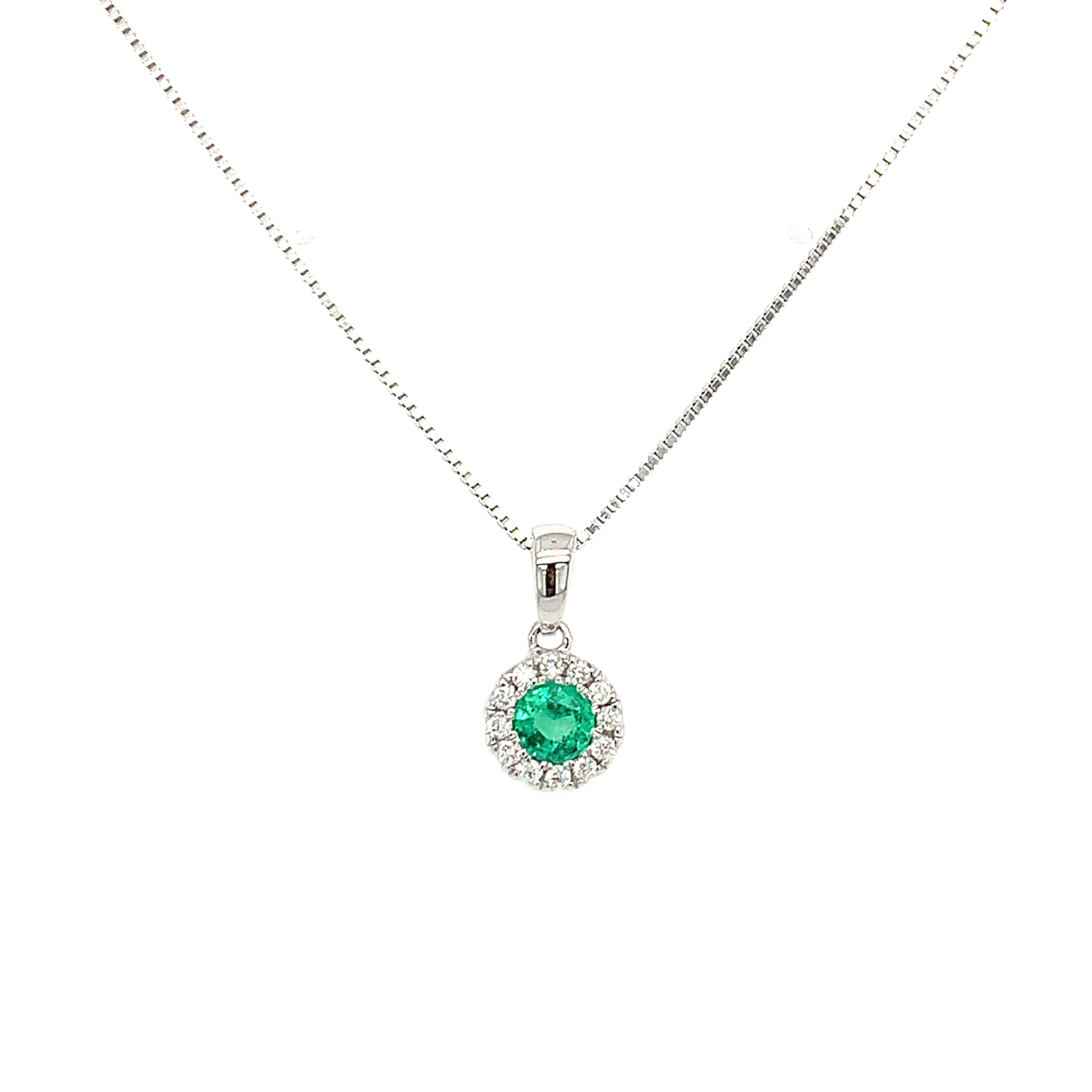 White Gold Emerald Pendant Necklace