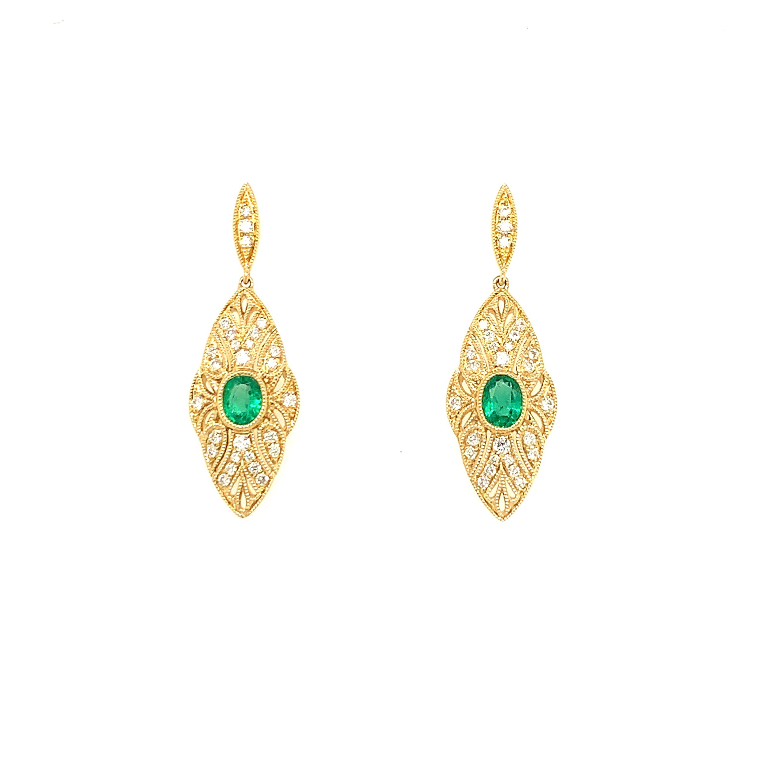 Yellow Gold Emerald Dangle Earrings