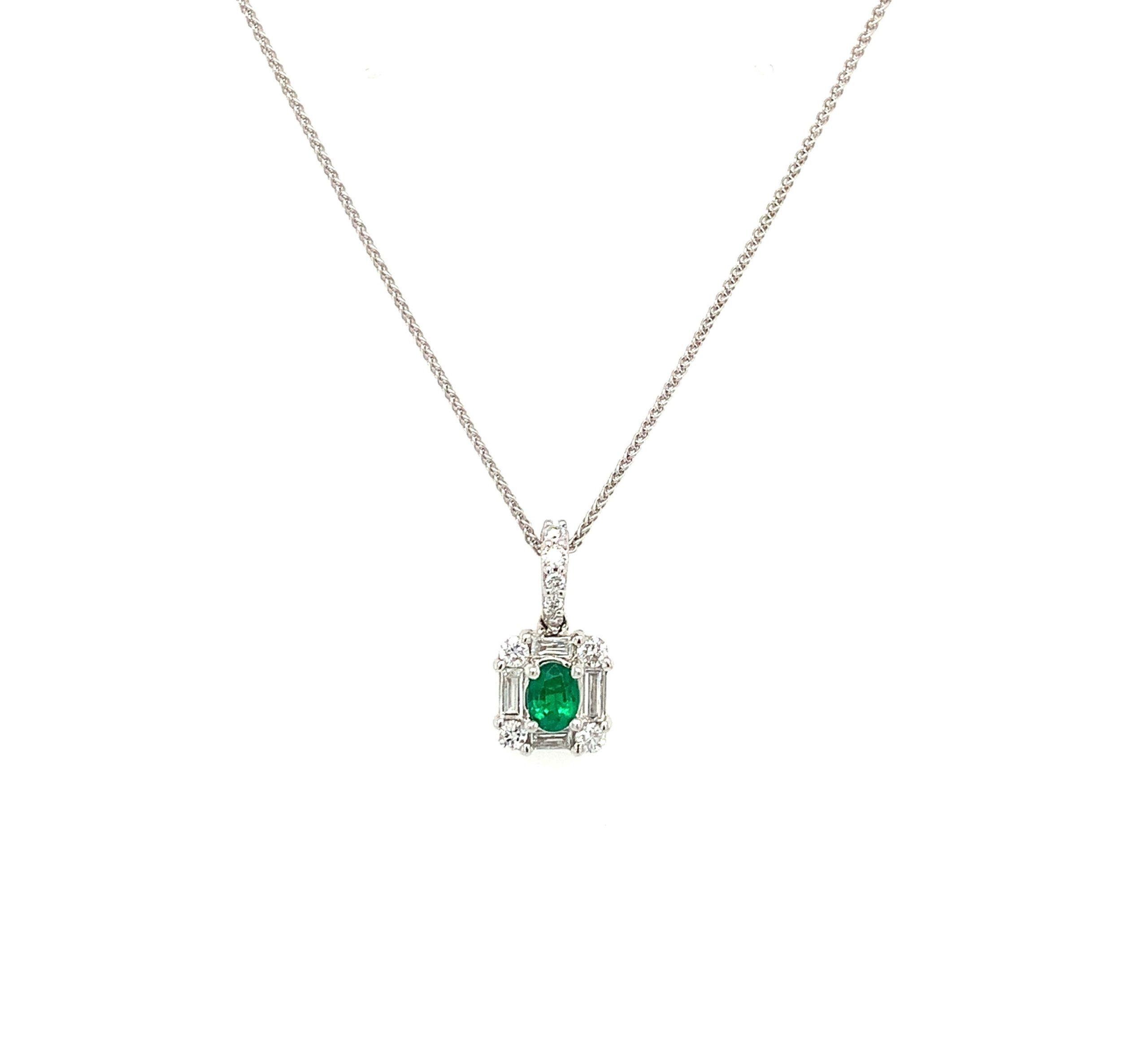 White Gold Emerald Pendant